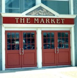 Steeles market entrance